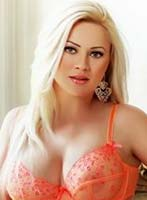 Mayfair blonde Leticia london escort