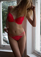 Canary Wharf 300-to-400 Alice london escort