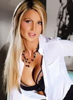 Bayswater blonde Dee london escort
