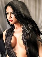 Bayswater brunette Chelsie london escort