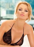 Chelsea blonde Jully london escort
